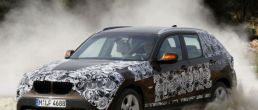 BMW X1 spy photos released, coming soon
