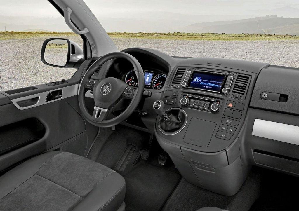 2014 VW Caravelle