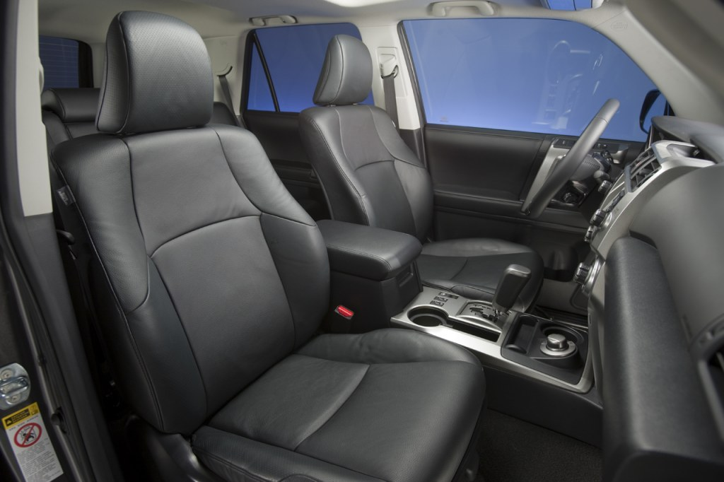 2010 Toyota 4Runner interior 2