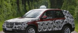 2011 BMW X3 official spy shots released